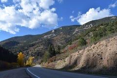 Bergwegen stock foto's