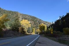Bergwegen stock afbeelding