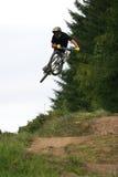 bergzoom för 27 cykel arkivbild