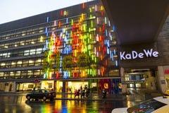 Berühmte Einkaufsstraße Stockfotografie