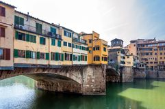 Berühmtes Ponte Vecchio und Skyline in Florenz, Toskana Lizenzfreies Stockfoto