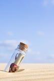 Bericht in een fles Royalty-vrije Stock Afbeelding
