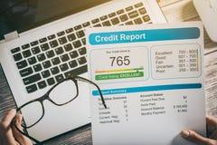Berichten Sie über das Kreditscorebankwesen, das Anwendungsrisikoform borgt Lizenzfreies Stockbild