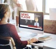 Berichts-Konzept der Blitznachrichten-Mitteilungs-letzten Nachrichten Lizenzfreie Stockbilder