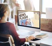 Berichts-Konzept der Blitznachrichten-Mitteilungs-letzten Nachrichten Lizenzfreies Stockfoto