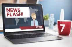 Berichts-Konzept der Blitznachrichten-Mitteilungs-letzten Nachrichten Lizenzfreie Stockfotos