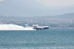Beriev是200两栖飞机 免版税库存照片