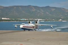 Beriev是200海上飞机 免版税库存照片