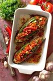Beringela cozida enchida com vegetal e queijo imagens de stock royalty free