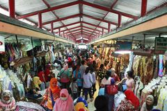 Beringharjo蜡染布市场 图库摄影