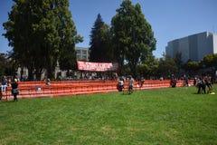 Berkeley Protests Against Fascism, racismo, e Donald Trump imagens de stock royalty free