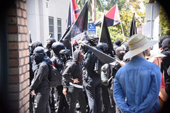 Berkeley Protests Against Fascism, racismo, e Donald Trump fotografia de stock