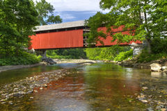 Berkshires-überdachte Brücke stockfotografie