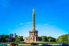 Berlín, Alemania - 25 de mayo de 2015: Victory Column en Berlín Foto de archivo