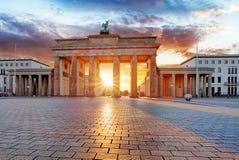 Berlín, Brandeburgo en la salida del sol, Alemania fotografía de archivo libre de regalías