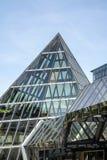 BERLÍN, GERMANY/EUROPE - 15 DE SEPTIEMBRE: Entrada de cristal t de la pirámide Imagen de archivo