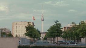 Berlín que establece la torre del tiro TV y la embajada del suizo almacen de video