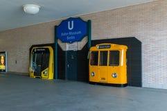 Berlińczyk muzeum przy olimpia stacją metru w Berlin obraz stock