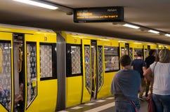 Berlińska stacja metru Zdjęcie Royalty Free