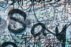 BERLIŃSKI NIEMCY MAY 22: Uliczna sztuka unknow artystą dalej może 22 2010 w Berlińskim Niemcy Ponieważ Berlin jest centrum Uliczn Fotografia Royalty Free