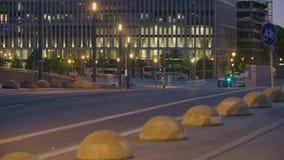 Berliński uliczny sceny miasta życia ruch drogowy zbiory wideo