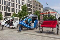 Berlińscy taxi rowery Zdjęcia Stock