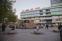 Berlińska Zoologischer Garten stacja kolejowa Zdjęcia Royalty Free