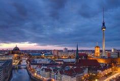Berlijn bij dageraad Royalty-vrije Stock Foto's