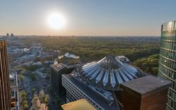 Berlijn die luchtcityscape, Duitsland gelijk maken royalty-vrije stock foto