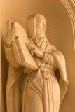 BERLIJN, DUITSLAND, FEBRUARI - 12, 2017: Het standbeeld van Mozes op de voorgevel van Dom van kerkdeutscher verbouwing na Constan Stock Afbeelding