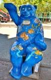 Berlijn, Duitsland Het beerbeeldhouwwerk Stock Afbeeldingen