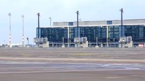 BERLIJN, DUITSLAND - 17 JANUARI, 2015: Berlin Brandenburg Airport-BER, nog in aanbouw, de lege eindbouw stock fotografie