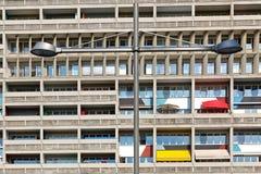 BERLIJN, DUITSLAND - JULI 2014: Corbusier Haus werd langs ontworpen Stock Afbeelding