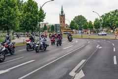 Berlijn, Duitsland - Mei 28, 2016: Motorfietsparade in Berlijn tegen violance Royalty-vrije Stock Foto