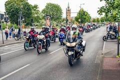 Berlijn, Duitsland - Mei 28, 2016: Motorfietsparade in Berlijn tegen violance Royalty-vrije Stock Foto's