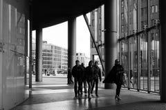 BERLIM, ALEMANHA 8 de outubro de 2016: Potsdamer Platz é um importan Foto de Stock Royalty Free