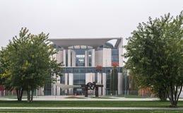 BERLIM - 18 DE OUTUBRO DE 2016: Exterior da construção alemão do governo Imagens de Stock Royalty Free