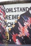 Berlim, a parede, pintura, galeria da zona leste fotografia de stock royalty free