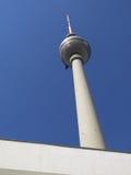 Berlinés Frnsehturn - torre de Berlín TV Imagen de archivo