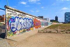 berlin östlig gallerisida Arkivfoton