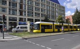 Berlin, Allemagne 27 août : Tram de ville de Berlin en Allemagne Photos stock