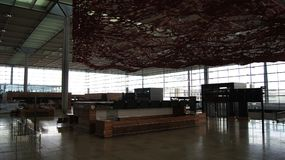 BERLIN, ALLEMAGNE - 17 janvier 2015 : À l'intérieur de des JUJUBES de Berlin Brandenburg Airport, encore terminal en construction Photo libre de droits