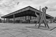 BERLIN, ALLEMAGNE - JUILLET 2015 : Vue extérieure du Neue Nationa Photographie stock libre de droits