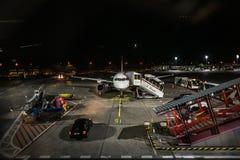 Berlin, Allemagne, le 27 août 2017 : Avion sur le plan d'aéroport de Tegel Photos stock