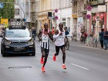BERLIN, ALLEMAGNE - 16 SEPTEMBRE 2018 : Record mondial de Kenyan Runner Eliud Kipchoge Running chez Berlin Marathon 2018 image libre de droits