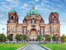 Berlin Berlinerdom på dagen, ingen Royaltyfri Bild