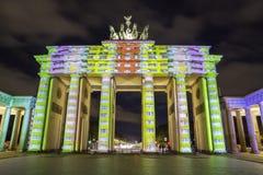 Berlin Brandenburg-de Piek van poortbrandenburger bij zonsondergang Stock Foto