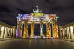 Berlin Brandenburg-de Piek van poortbrandenburger bij zonsondergang Stock Afbeeldingen