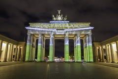 Berlin Brandenburg-de Piek van poortbrandenburger bij zonsondergang Royalty-vrije Stock Afbeeldingen