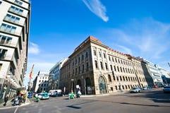 Berlin bred panorama för Gendarmenmarkt plaza arkivbilder
